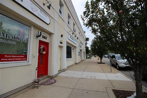 Photo of 526 S York Street #A, Elmhurst, IL 60126 (MLS # 10978772)