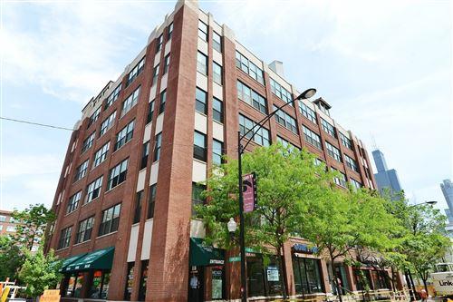 Photo of 812 W Van Buren Street #6HI, Chicago, IL 60607 (MLS # 10979772)