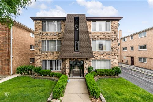 Photo of 6145 W 64th Place #1W, Chicago, IL 60638 (MLS # 11138772)