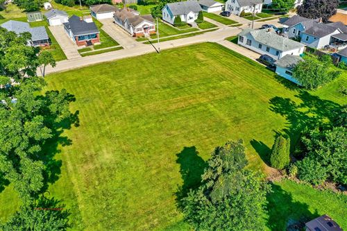 Photo of 1012 CABLE Street, Streator, IL 61364 (MLS # 11172773)