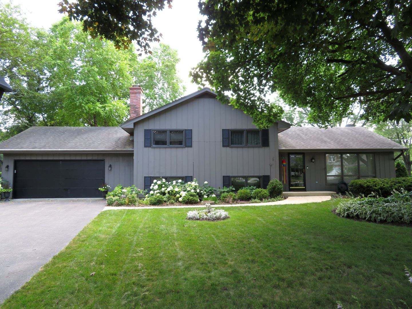 29W435 FORESTVIEW Drive, Warrenville, IL 60555 - #: 10675773