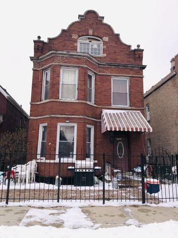 2726 S Millard Avenue, Chicago, IL 60623 - #: 10555775