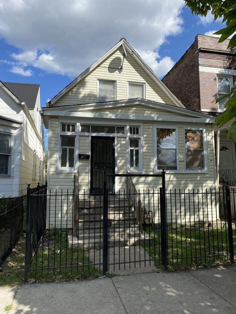 7025 S Lowe Avenue, Chicago, IL 60621 - #: 11227775