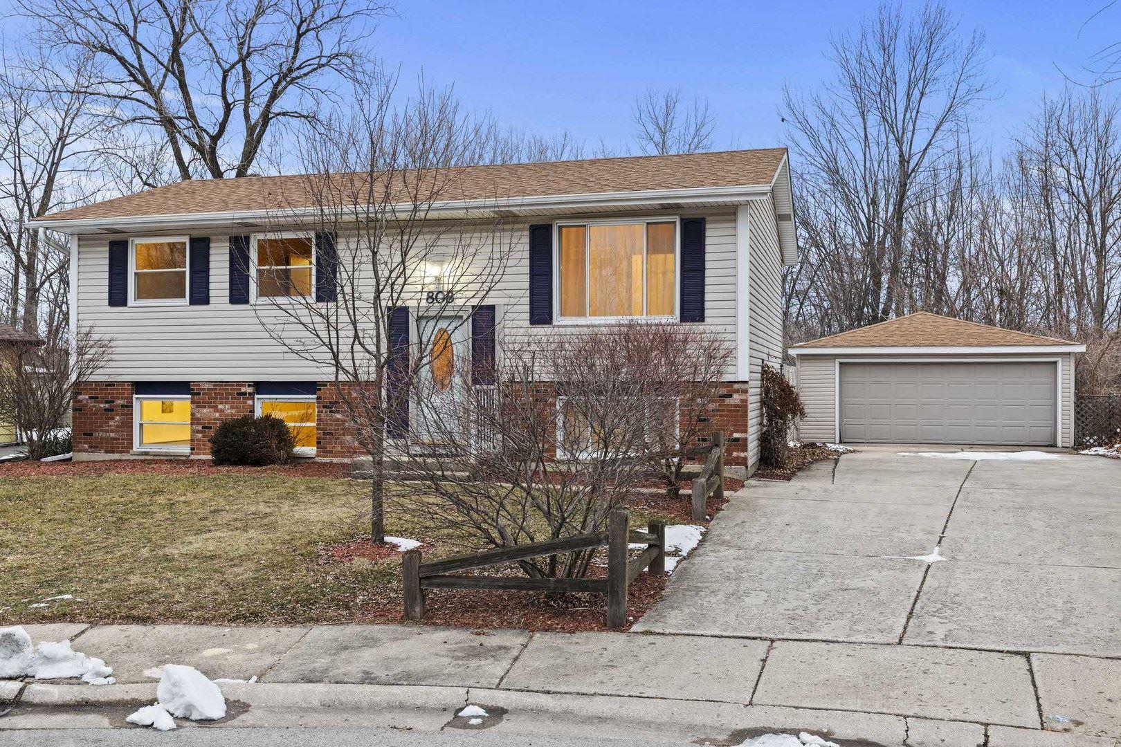 Photo of 808 Poplar Lane, Bolingbrook, IL 60440 (MLS # 10972777)