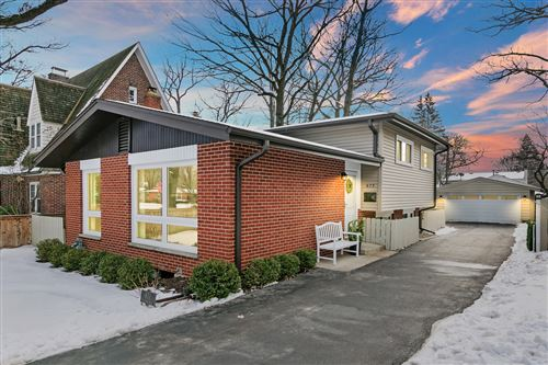 Tiny photo for 673 Northmoor Road, Lake Forest, IL 60045 (MLS # 10966778)