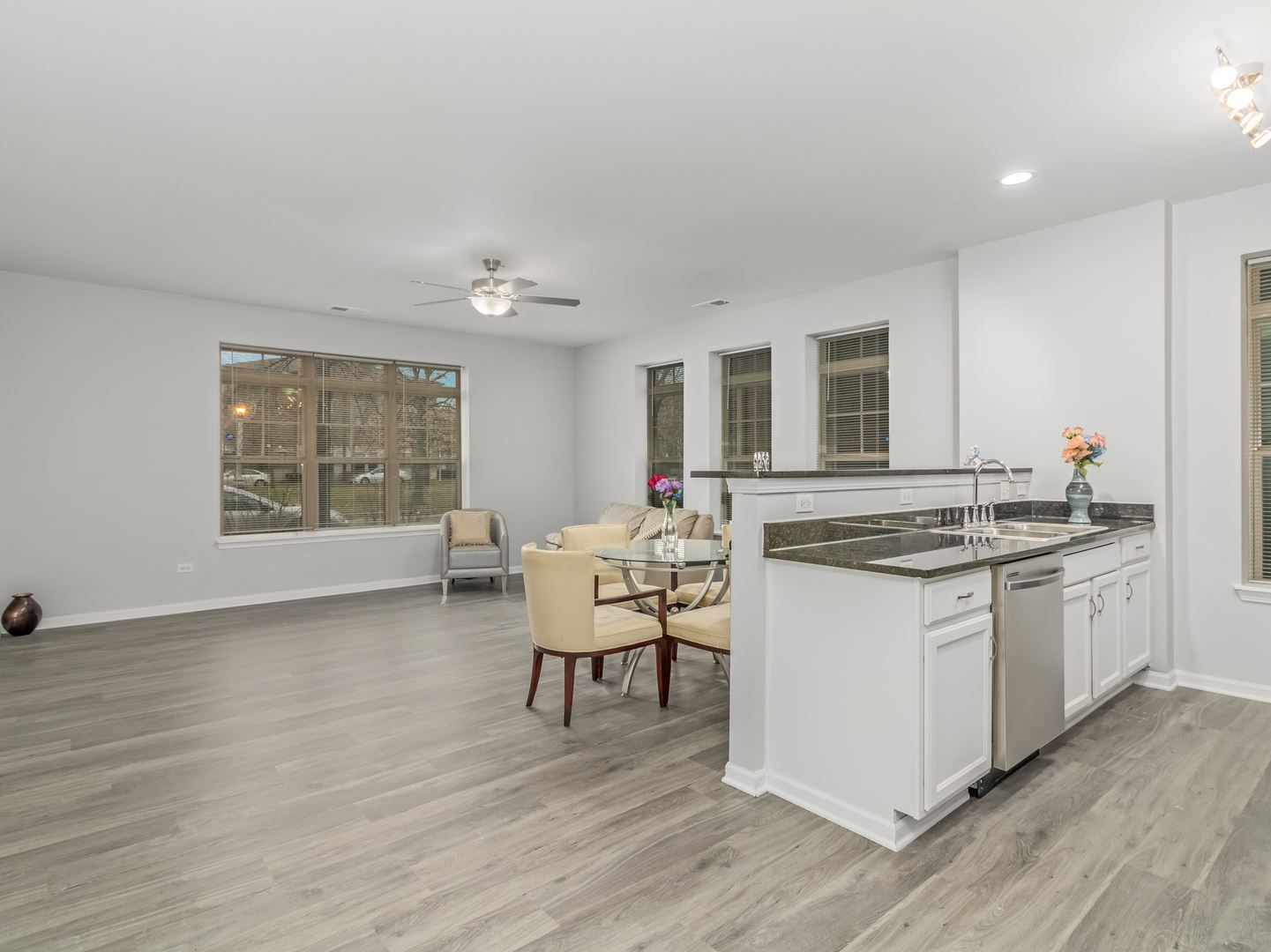 Photo of 3843 S Langley Avenue #102, Chicago, IL 60653 (MLS # 11049779)