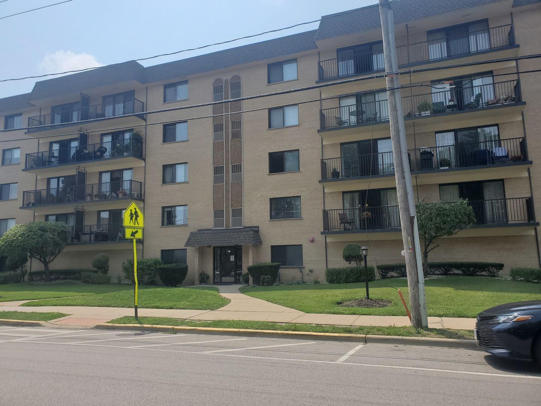 1441 E Thacker Street #303, Des Plaines, IL 60016 - #: 11159779