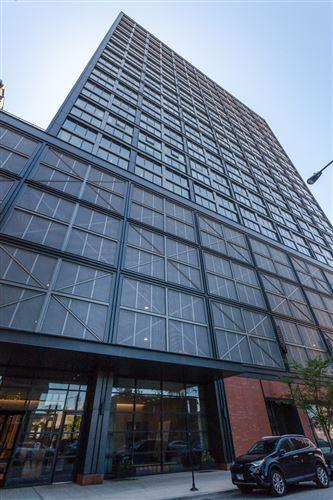 Photo of 1035 W Van Buren Street #PH05, Chicago, IL 60607 (MLS # 11163780)