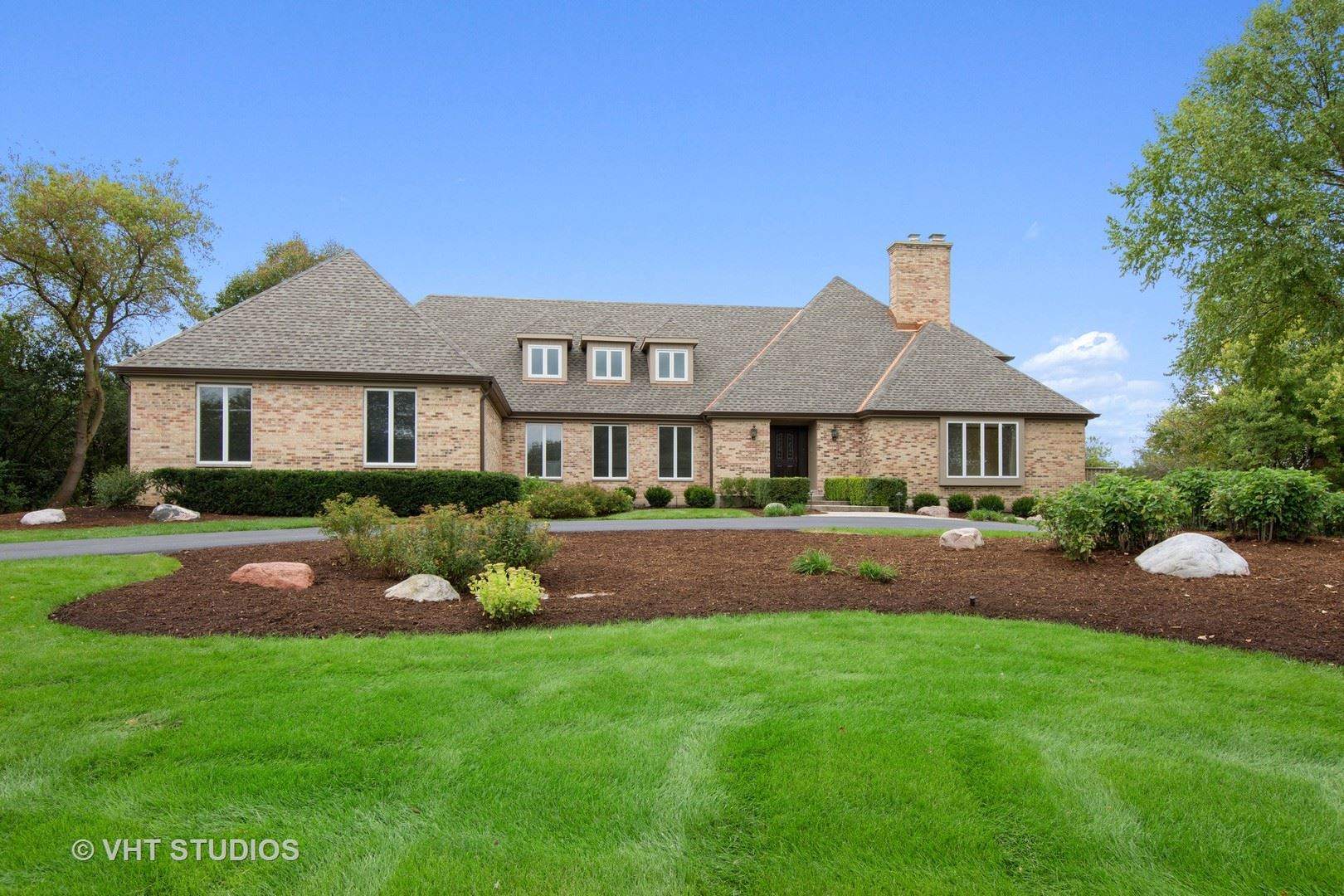 Photo for 1608 Guthrie Circle, Inverness, IL 60010 (MLS # 10702780)