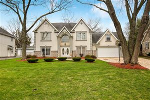 Photo of 324 Central Avenue, HINSDALE, IL 60527 (MLS # 10495781)