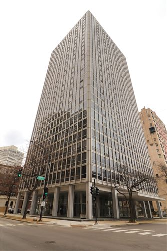 Photo of 2400 N Lakeview Avenue #1111, Chicago, IL 60614 (MLS # 10876781)