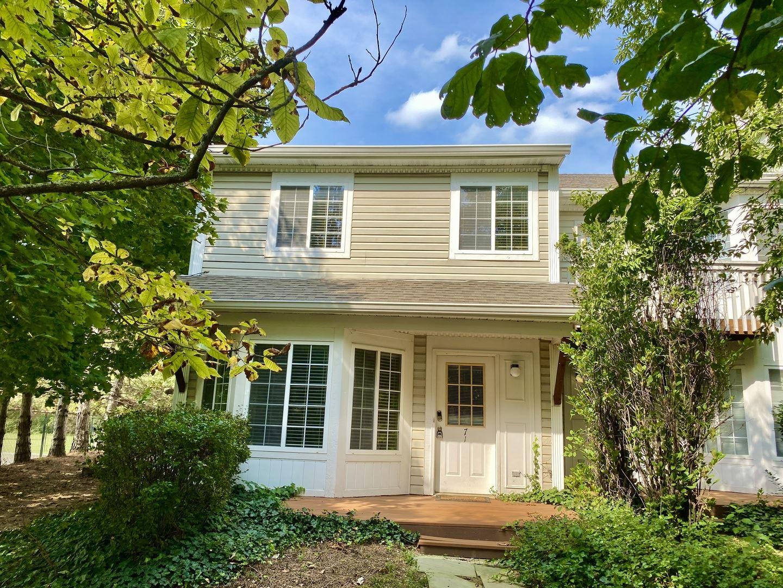 71 S Treehouse Lane #104, Round Lake, IL 60073 - #: 10889781