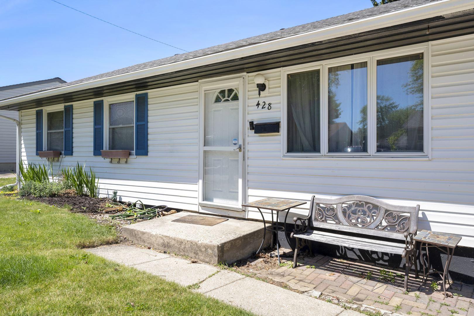 Photo of 428 Kingston Drive, Romeoville, IL 60446 (MLS # 11110781)