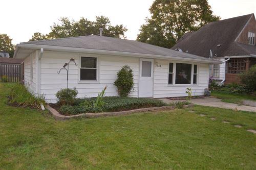 Photo of 2304 Greengold Street, Crest Hill, IL 60403 (MLS # 11174782)
