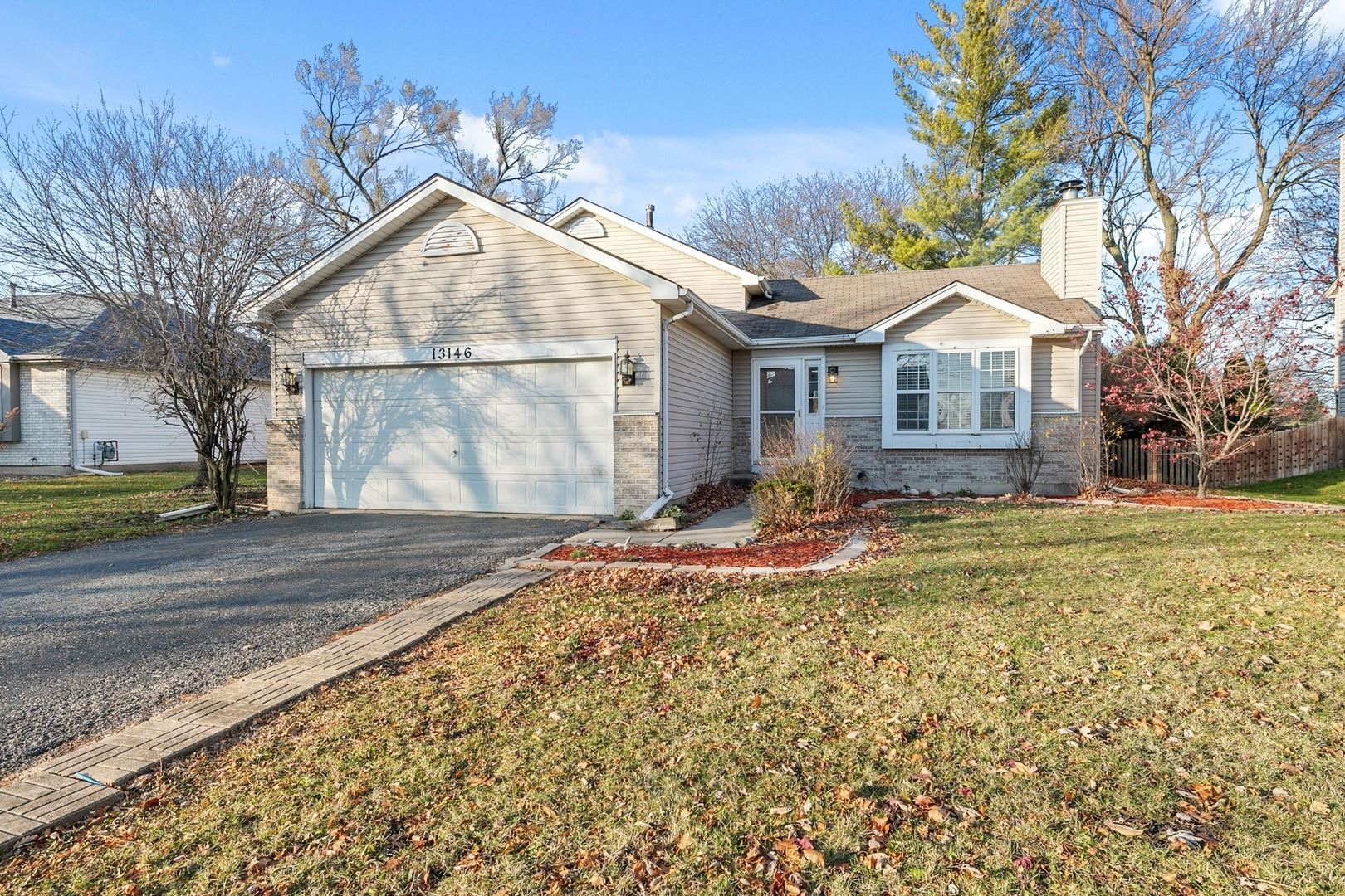 Photo of 13146 S GOLDEN MEADOW Drive, Plainfield, IL 60585 (MLS # 10938783)