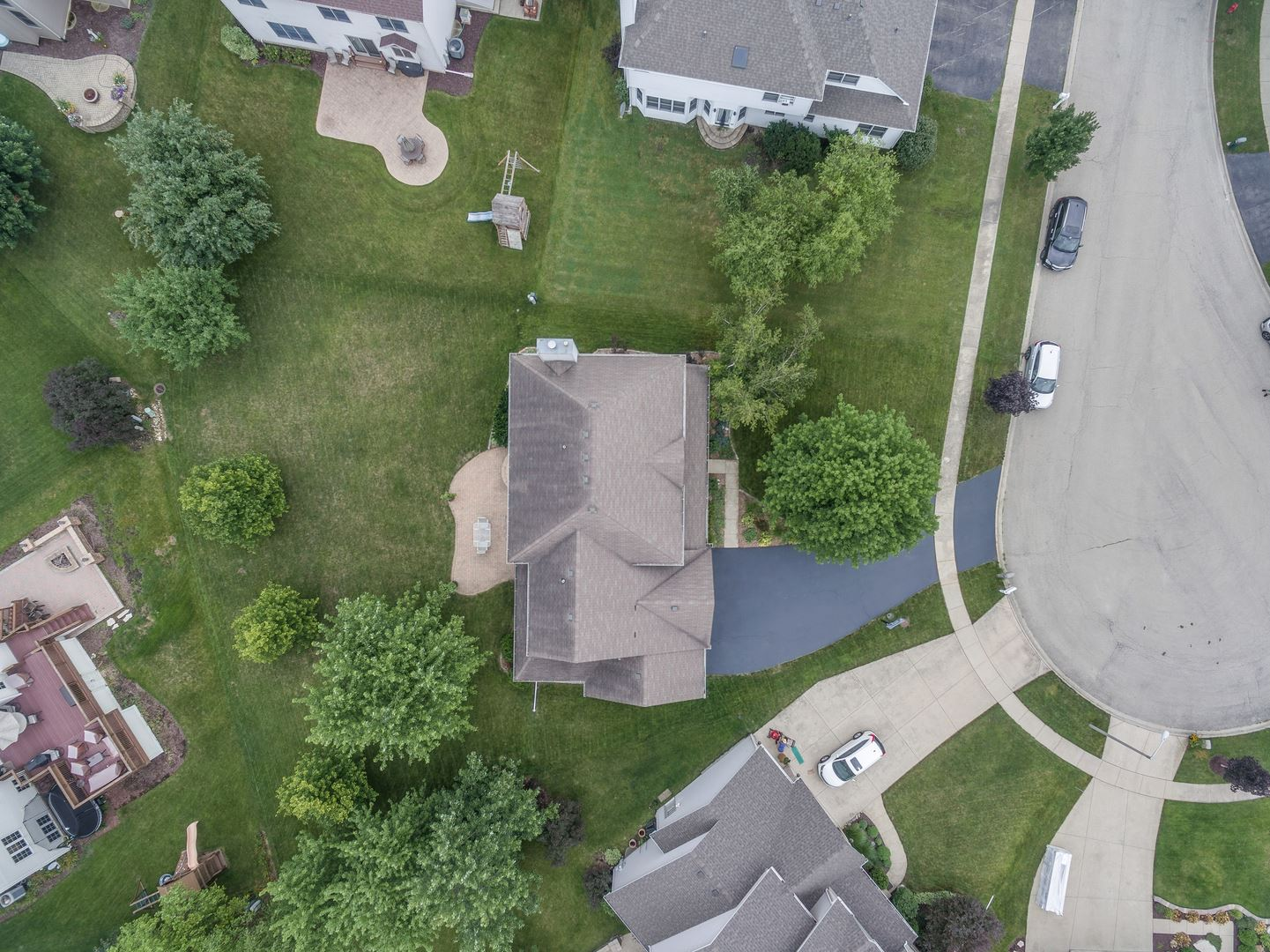 Photo of 502 Chateaux Court, Oswego, IL 60543 (MLS # 11149783)