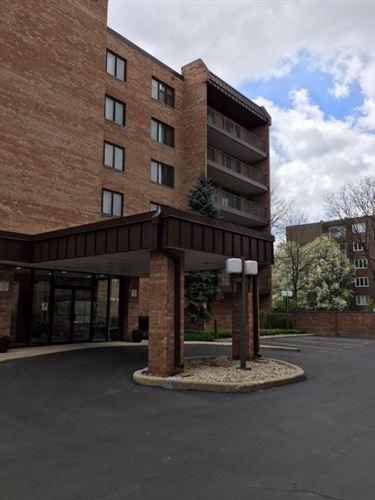 Photo of 905 Center Street #509, Des Plaines, IL 60016 (MLS # 11061784)