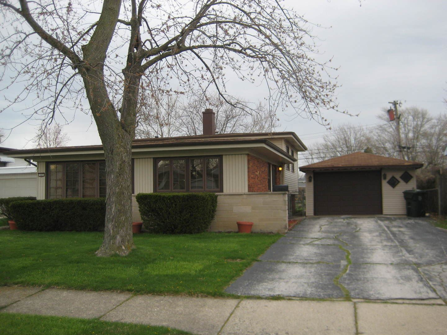 323 S Mayfair Place, Chicago Heights, IL 60411 - #: 10695784