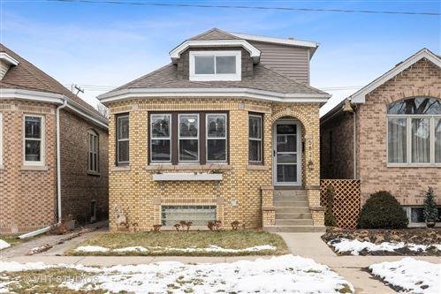 Photo of 5826 W Gunnison Street, Chicago, IL 60630 (MLS # 10967785)