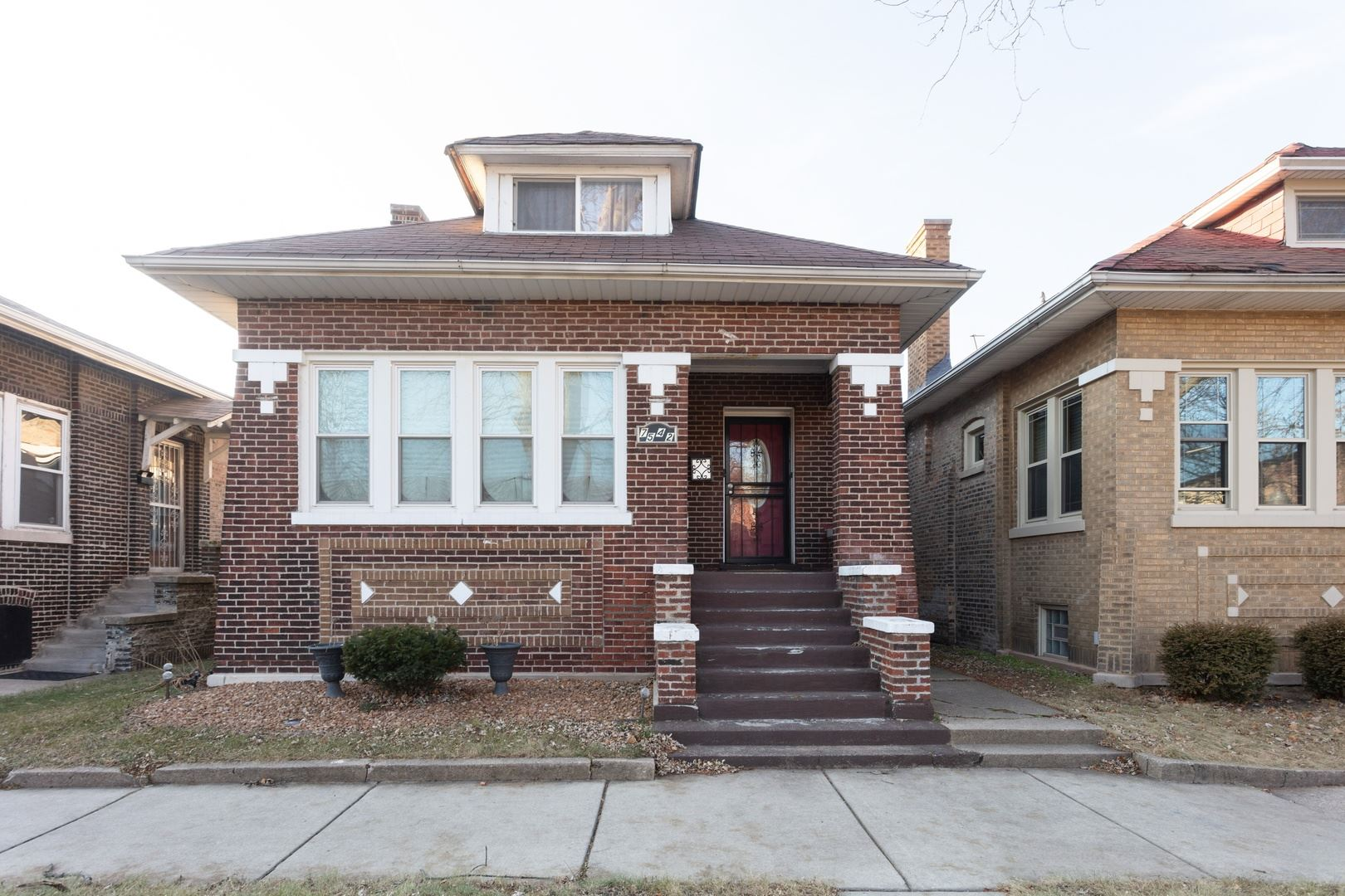 7542 S EAST END Avenue, Chicago, IL 60649 - #: 10596785