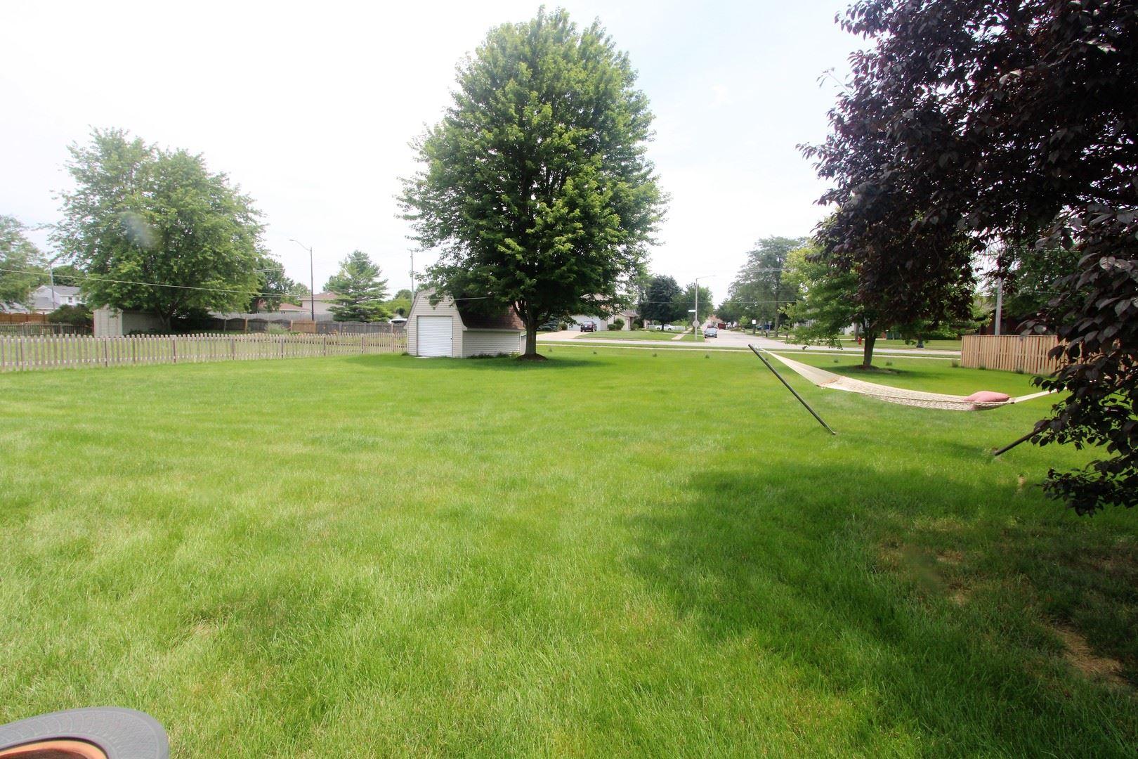 Photo of 200 Turnbridge Drive, Shorewood, IL 60404 (MLS # 11151785)