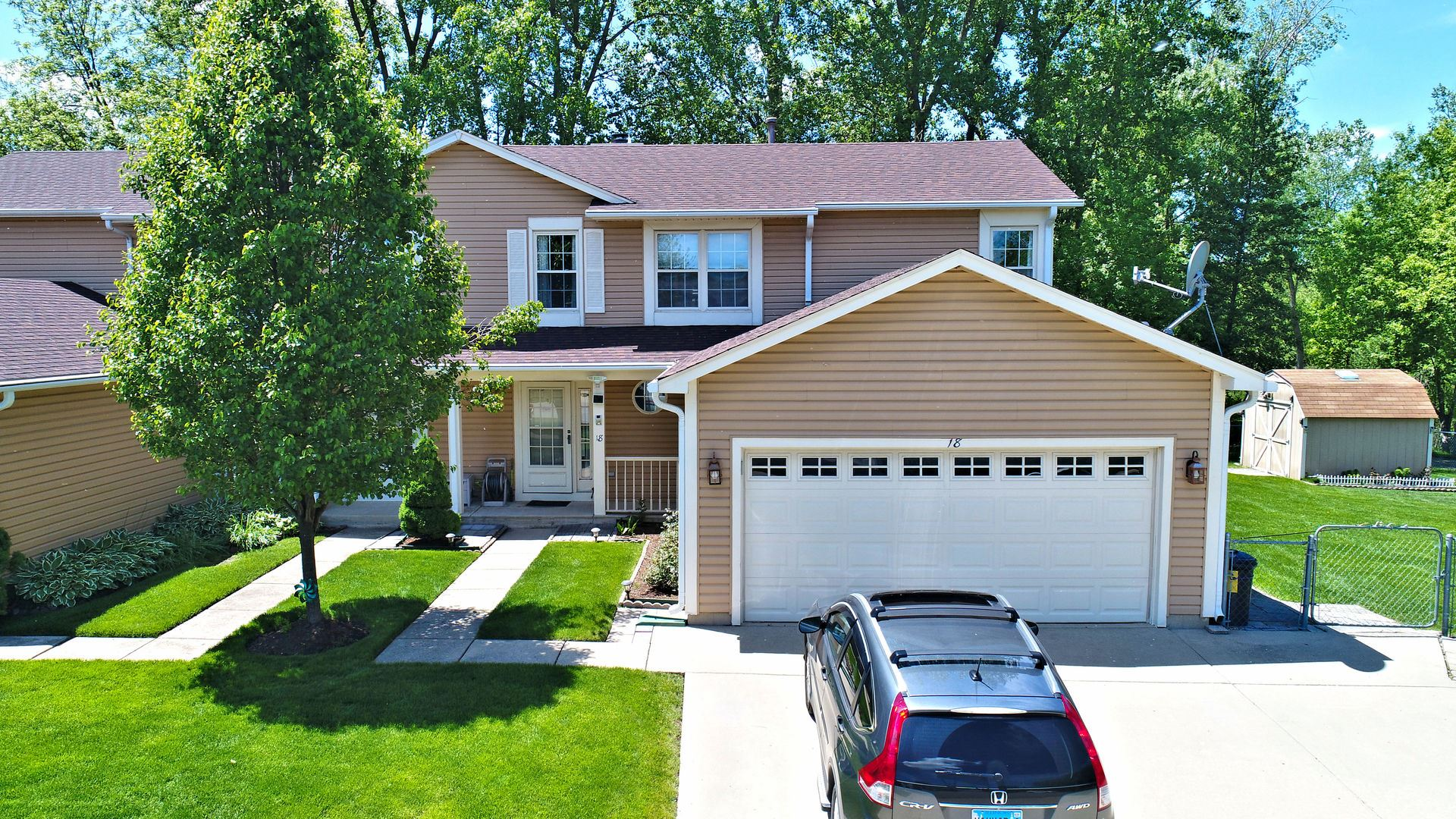 18 Berkshire Court, Streamwood, IL 60107 - #: 10646786