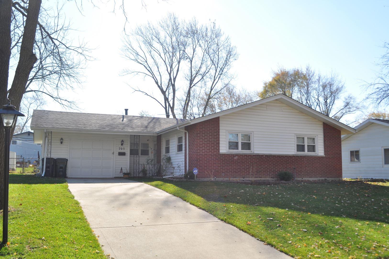 705 Edgemont Lane, Hoffman Estates, IL 60169 - #: 10931786