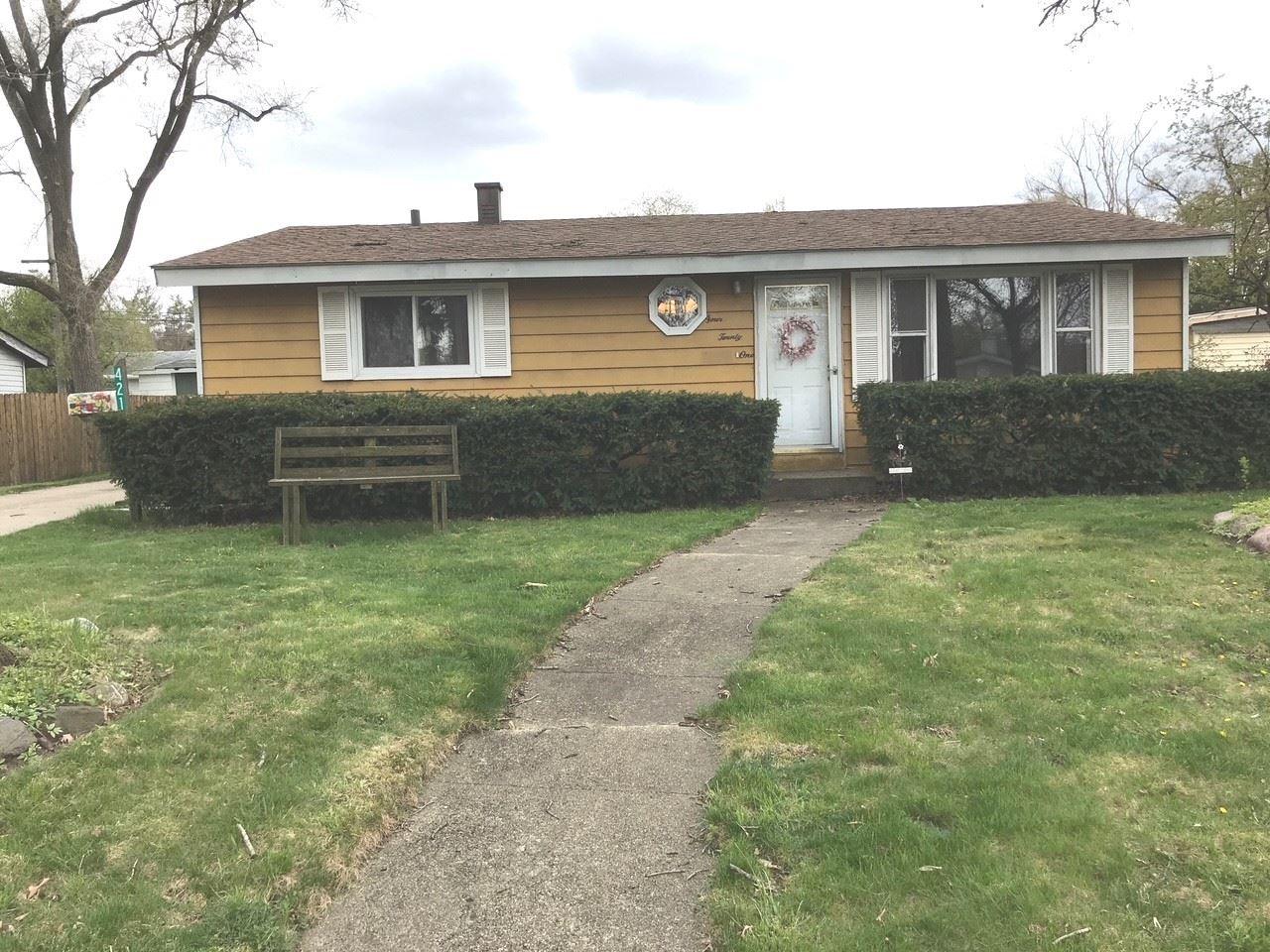 421 Blackhawk Avenue, Carpentersville, IL 60110 - #: 11061788