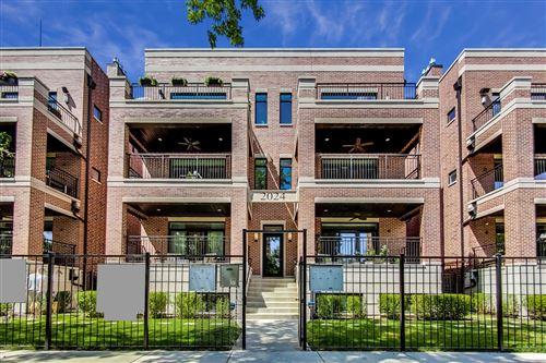 Photo of 2024 W LEMOYNE Street #1W, Chicago, IL 60622 (MLS # 10760789)