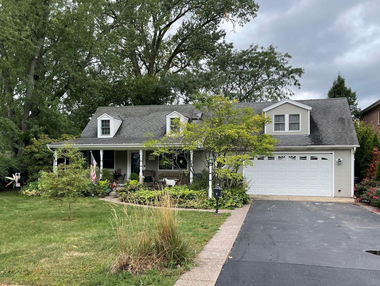 910 Glenshire Road, Glenview, IL 60025 - #: 11228789