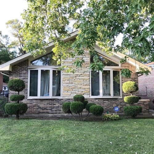 Photo of 1522 W 107th Street, Chicago, IL 60643 (MLS # 10863790)