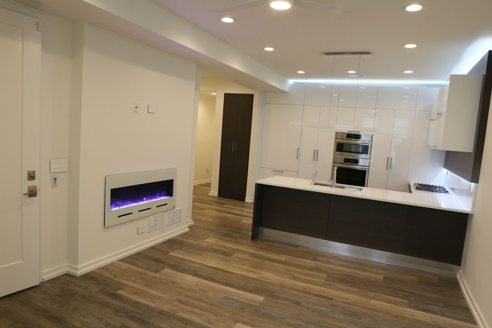 Photo for 1420 West Fulton Street, Chicago, IL 60607 (MLS # 10637791)