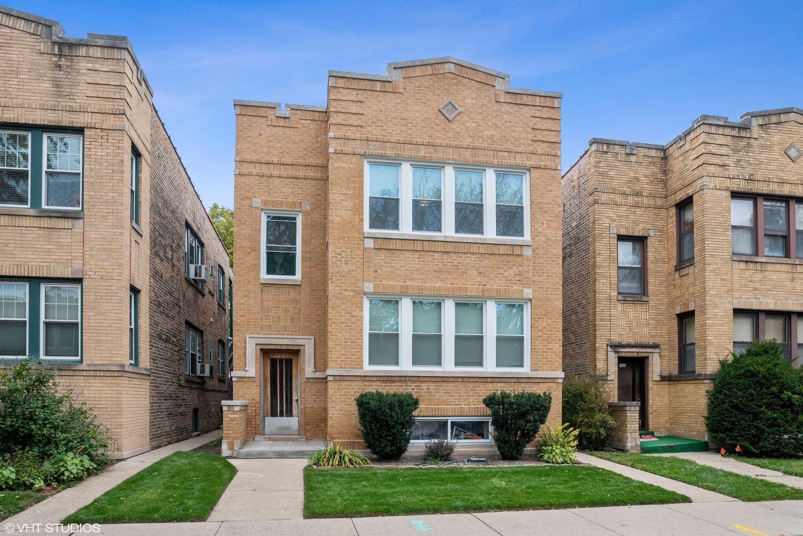 2832 W Lunt Avenue, Chicago, IL 60645 - #: 10680792