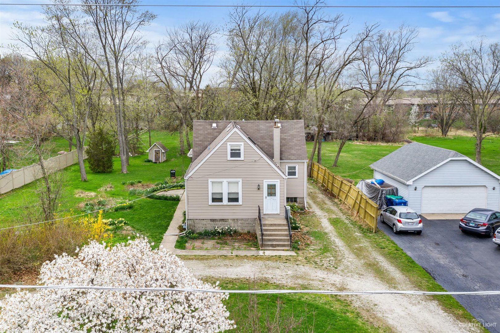 Photo of 8600 S 85th Court, Hickory Hills, IL 60457 (MLS # 11049792)