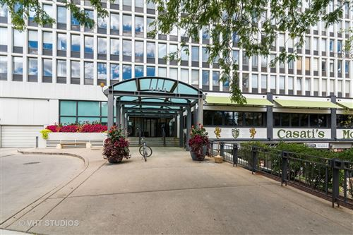 Photo of 444 W Fullerton Parkway #308, Chicago, IL 60614 (MLS # 10870796)