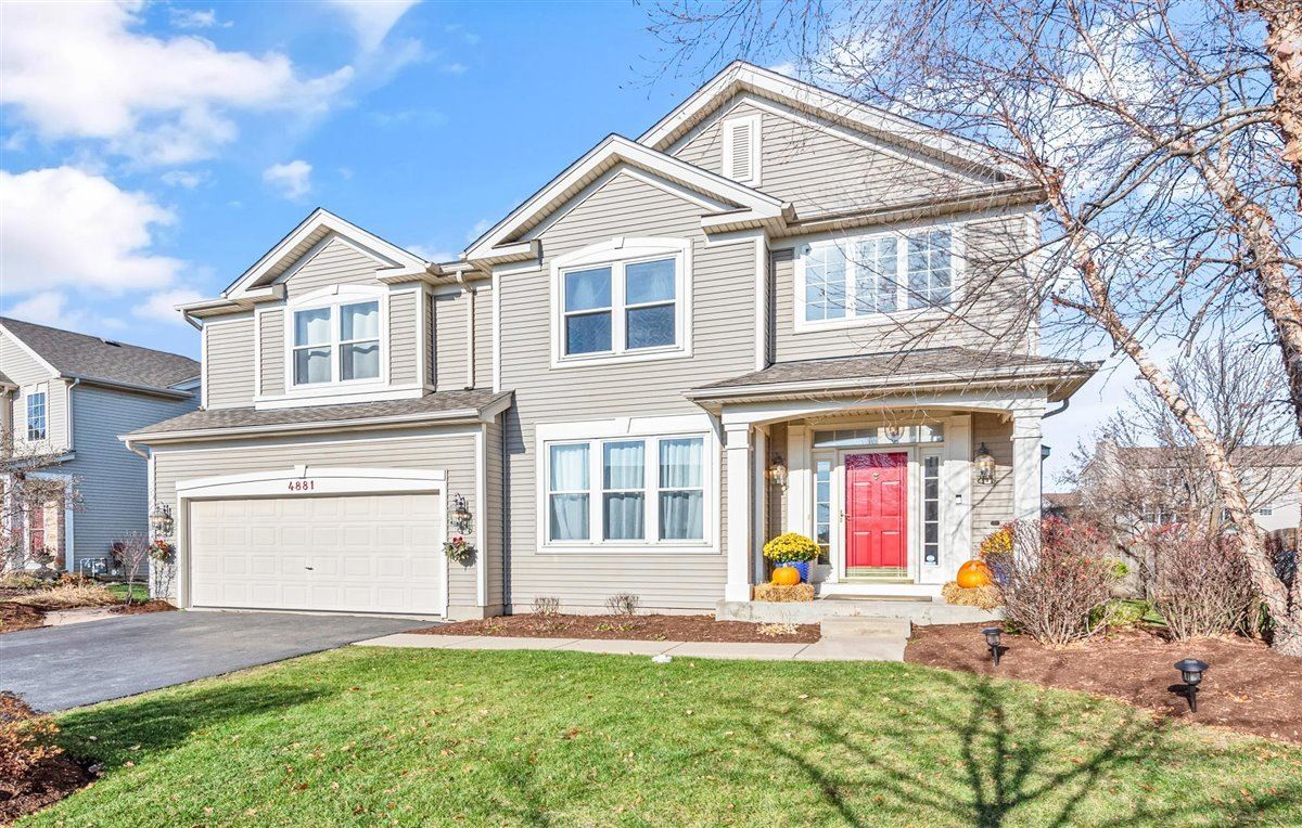 4881 HIGHWOOD Lane, Lake in the Hills, IL 60156 - #: 10931797