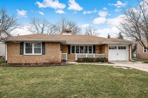 Photo of 3937 FOREST Avenue, Downers Grove, IL 60515 (MLS # 10632798)