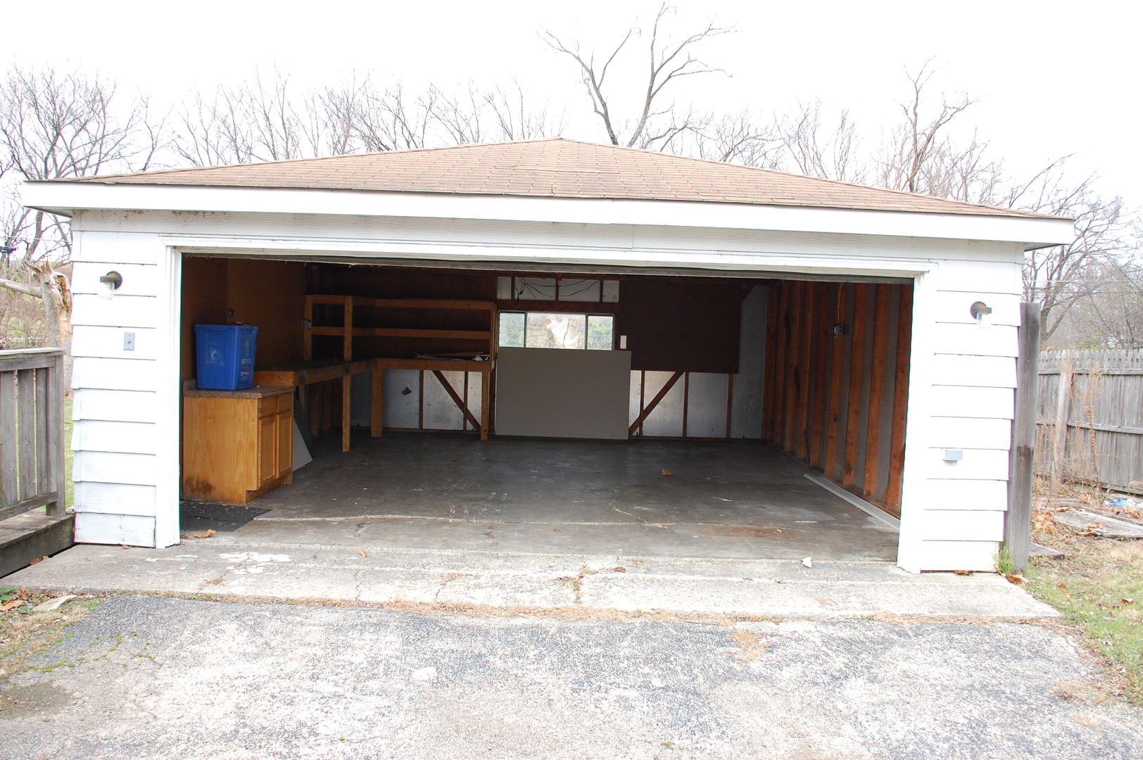 Photo of 232 Glengary Drive, Bolingbrook, IL 60440 (MLS # 10944798)