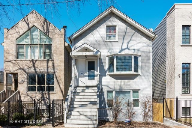 2132 W Barry Avenue, Chicago, IL 60618 - #: 10562800