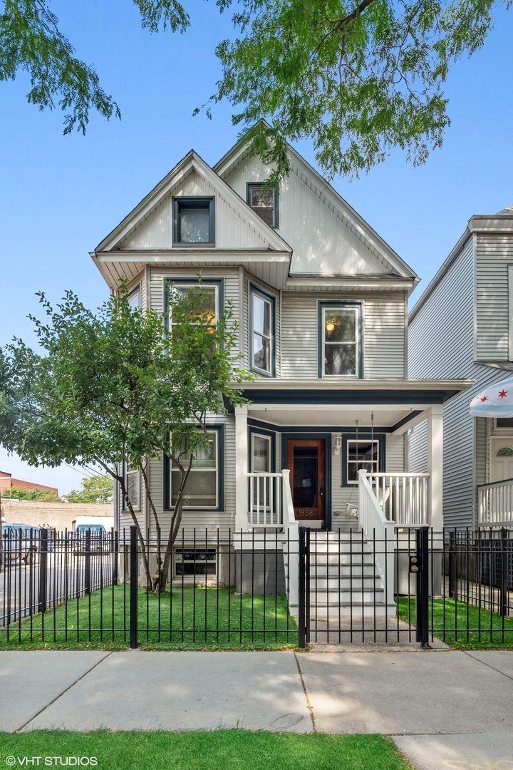 1858 W BERENICE Avenue #2, Chicago, IL 60613 - #: 11220800