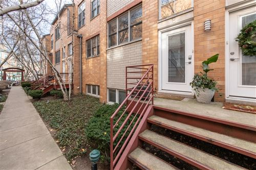 Photo of 2850 N Lakewood Avenue #E, Chicago, IL 60657 (MLS # 10949801)