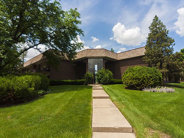3N550 Crown Road #3, Elmhurst, IL 60126 - #: 10693802