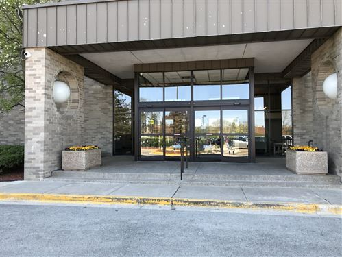 Photo of 6340 AMERICANA Drive #1118, Willowbrook, IL 60527 (MLS # 10730803)