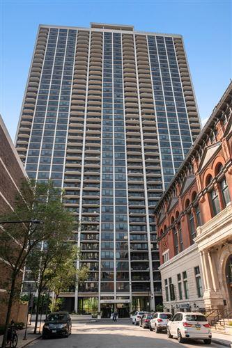Photo of 1560 N Sandburg Terrace #4115, Chicago, IL 60610 (MLS # 10876803)