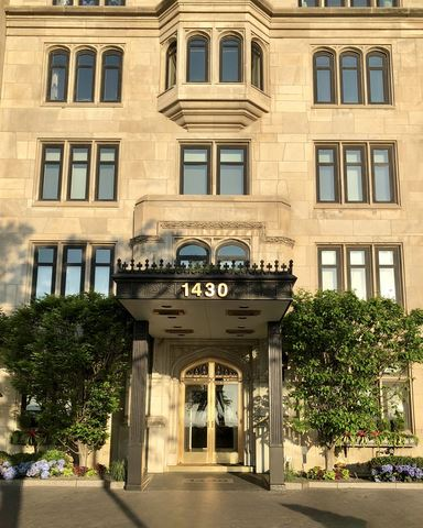 Photo of 1430 N Lake Shore Drive #20, Chicago, IL 60610 (MLS # 11217803)