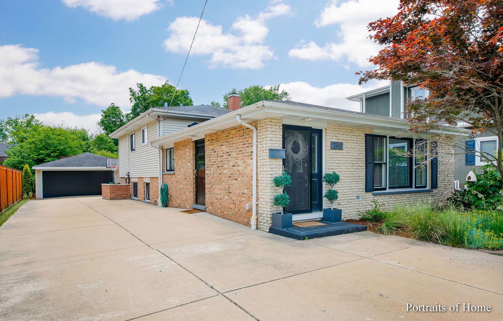 Photo of 295 ELM Street, Glen Ellyn, IL 60137 (MLS # 11122806)