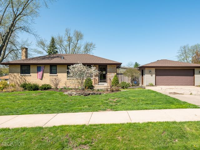 5334 Victor Street, Downers Grove, IL 60515 - #: 10490807