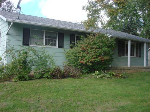 Photo of 2113 Cottonwood Drive, Ottawa, IL 60350 (MLS # 11253808)