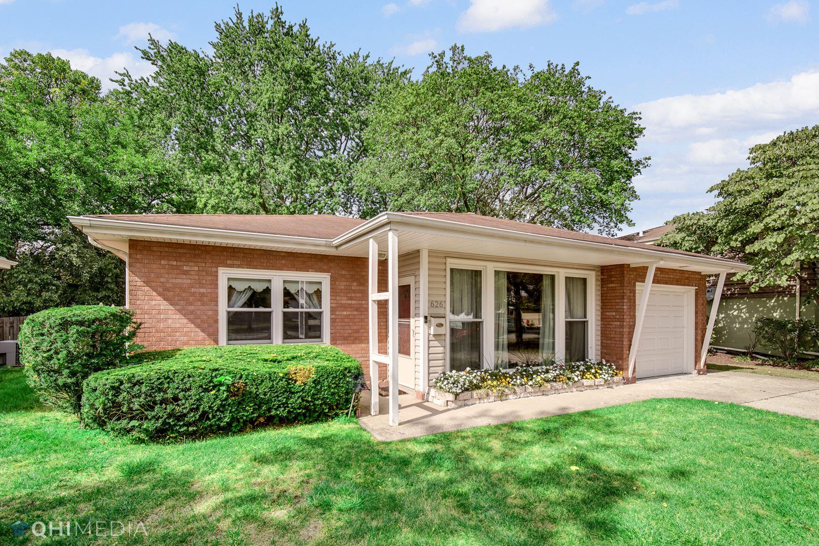 626 Robinhood Lane, La Grange Park, IL 60526 - #: 11235808