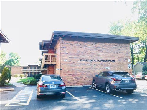 Photo of 481 Duane Terrace #D3, Glen Ellyn, IL 60137 (MLS # 11042810)